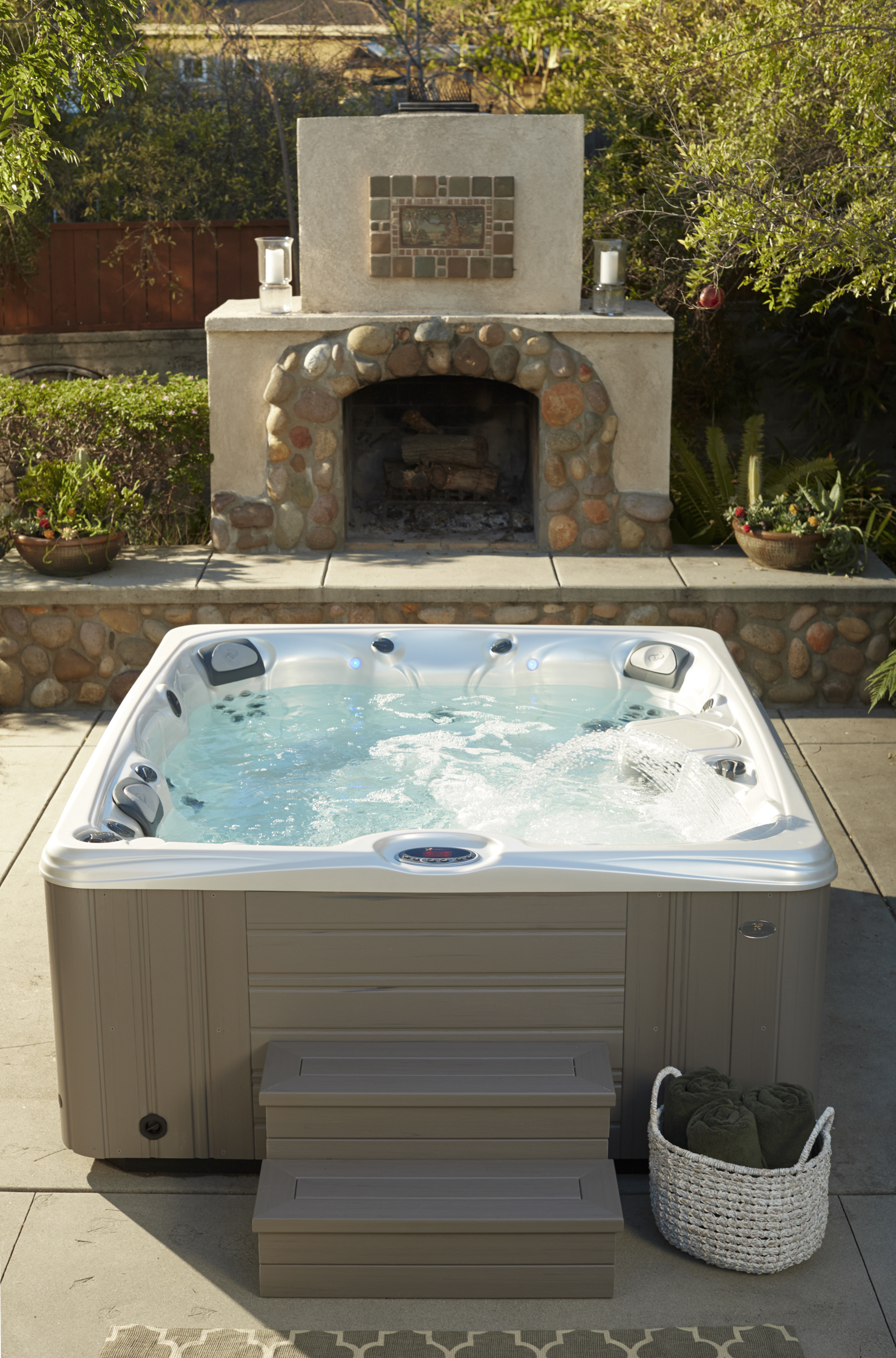 how do i take care of my hot tub filters caldera spas. Black Bedroom Furniture Sets. Home Design Ideas